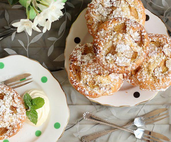 Feijoa & Vanilla Friands