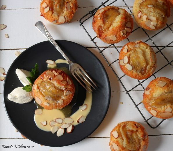 caramelised rum banana friands