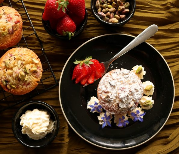 strawberry & pistachio friands