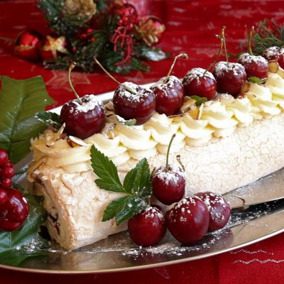 Cherry & Marscapone Cream Pavlova Roll