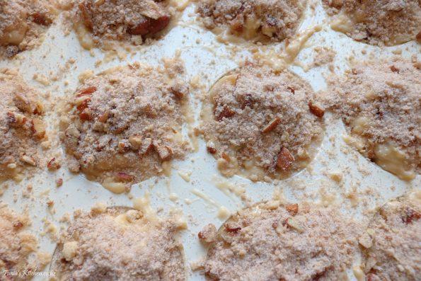 feijoa & banana muffins