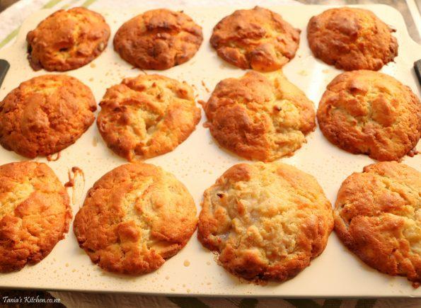 Feijoa & White Chocolate Muffins