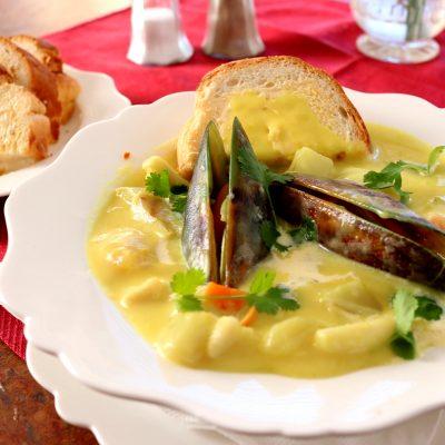 creamy seafood chowder