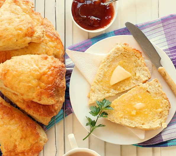 Cheese Scones / Tania's Kitchen