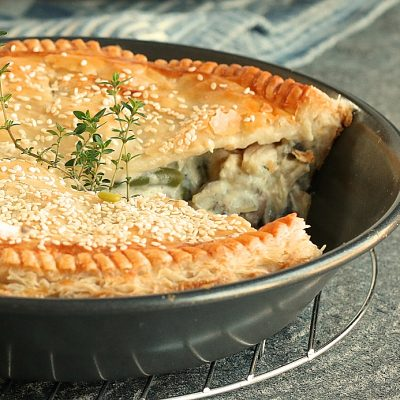 Country, Chicken & Mushroom Pie