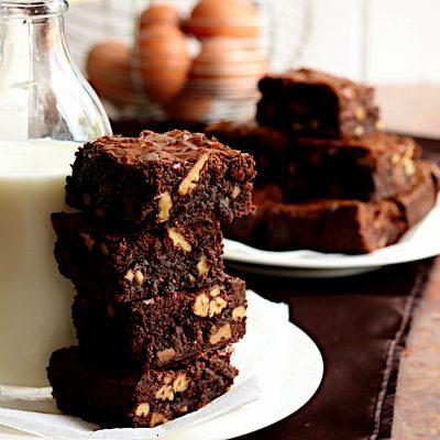 Toasted Walnut Chocolate Brownie