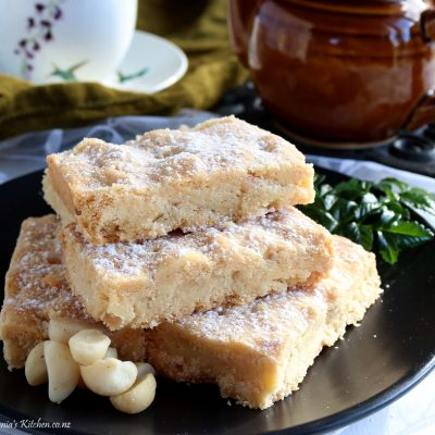 Macadamia Nut, Scottish Shortbread