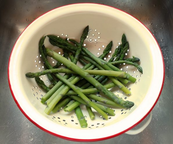 Asparagus & Strawberry Salad with Marmalade Dressing